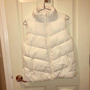 Gap white puffer vest